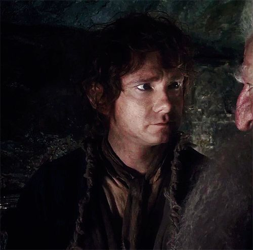 Look at that! How can he be that cute? (gif) / The Hobbit / Bilbo / Martin Freeman