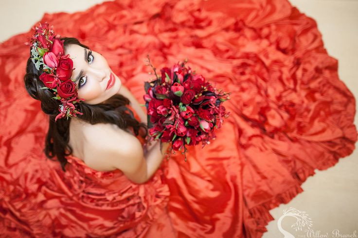 red wedding flowers <3  http://www.thewillowbranch.com.au/dramatic-carmine-studio-shoot-part-4-4/