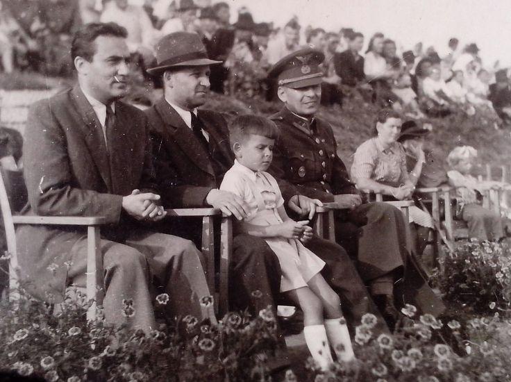 Spectators of Hlinka guard's oath, 1943 Slovakia.