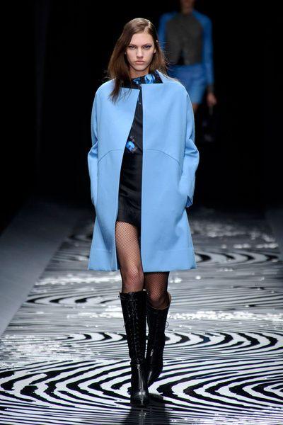Mode à Paris FW 2014/15 – Shiatzy Chen. See all fashion show on: http://www.bmmag.it/sfilate/mode-paris-fw-201415-shiatzy-chen/ #fall #winter #FW #catwalk #fashionshow #womansfashion #woman #fashion #style #look #collection #modeaparis #shiatzychen @SHIATZY CHEN