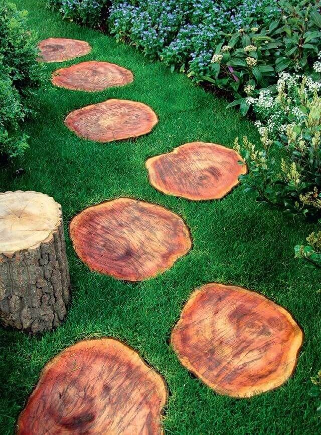 A Great Way to Utilize Wood | Stepping Stones Decoration Ideas