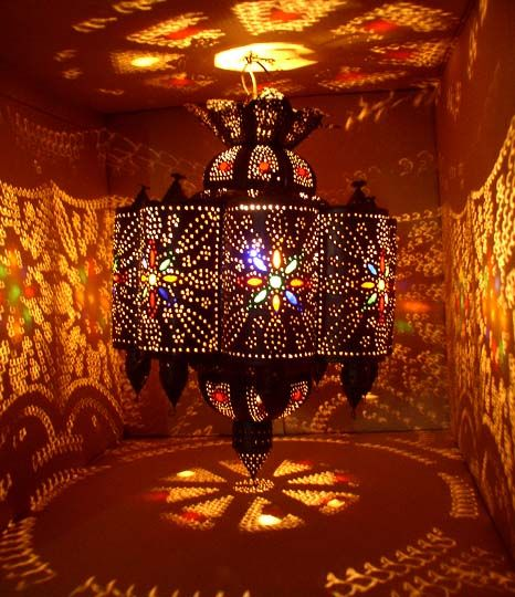 It is important to draw your attention towards lighting. Moroccan light fixtures are not the same compared to those found in the other parts of the world. Moroccan light fixtures come as chandeliers,  sconces, hanging pendants, and Moroccan lamps. All of these can be found in specialized shops or boutiques and each one is unique and magical.