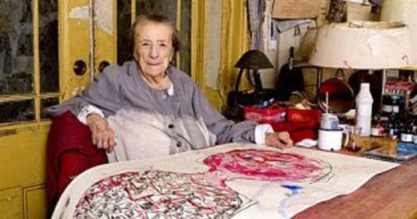 Louise Bourgeois at work, New York, 2009. (bron en foto's: Dimitris Yeros ) Louise Bourgeois's Brooklyn Studio, 1995. (bron: ArtSlant ... | babes | Pinterest |…