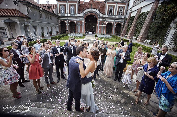 Wedding at Ledeburska garden Prague - Wedding photography Prague