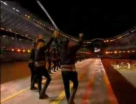 O Pirixios Xoros [Performed at Athens Olympics] - YouTube