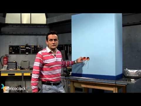 Ampliar enchufes en tabiques de yeso laminado (Pladur) - Bricocrack - YouTube