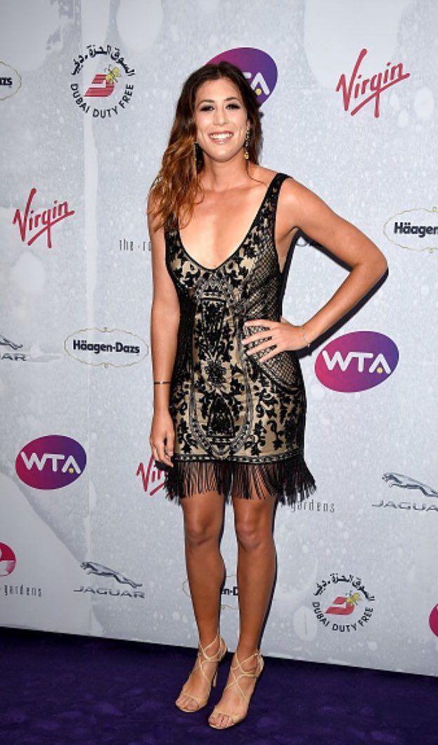 Garbiñe Muguruza (@GarbiMuguruza) | Twitter 👠💄💋 @Wimbledon #WTAParty