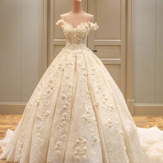 신부 드레스 긴 후행 단어 어깨 결혼식은 새로운 2017 고급 꽃 공주 꿈의 결혼식 치 결혼