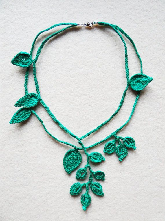 Leaf Necklace, Green Crochet Leaf Necklace, Nature necklace, Crochet leaves Jewelry, Special gift for her, Gift for St. Patrick's day