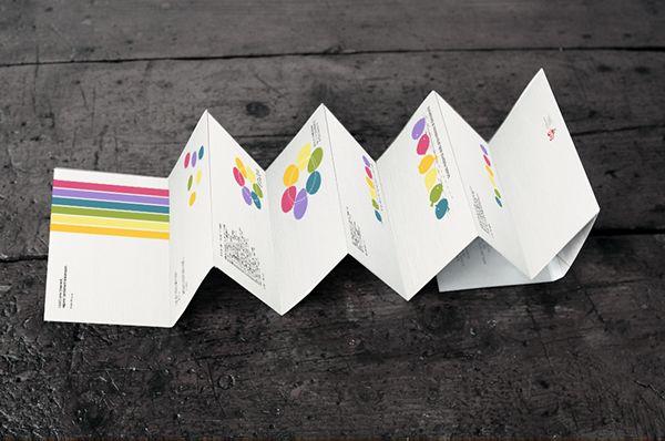 """Un nuovo progetto per ILOGU: lo studio del logo della Scuola dell'Infanzia della Provvidenza di Boccaleone. Abbiamo messo in gioco la curiosità di conoscere, il piacere di capire, la voglia di comunicare, ingredienti dello spirito dell'infanzia. """"Giocar…"""
