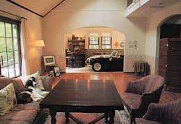 インナーガレージ: 榊原建築デザイン事務所が手掛けたガレージです。