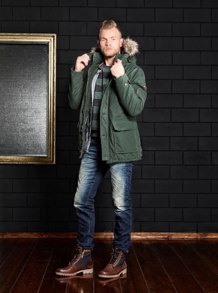FC Twente keeper, Nick Marsman, in winterse Roetgerink outfit!