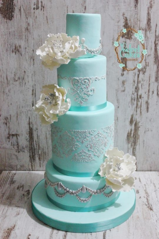 Sky Blue Cake Images : 25+ best ideas about Tiffany Wedding Cakes on Pinterest ...