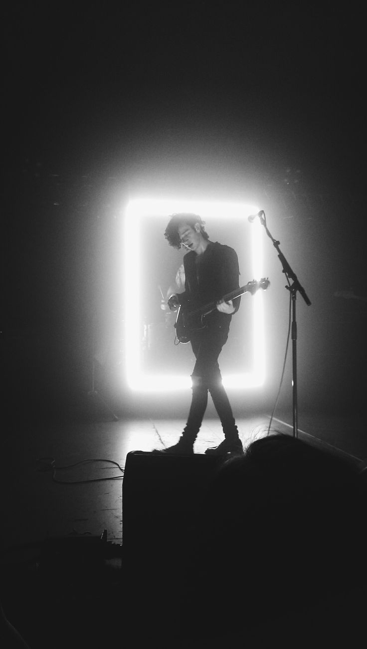 Best 25+ Matty healy ideas on Pinterest | Matt healy, The 1975 ...
