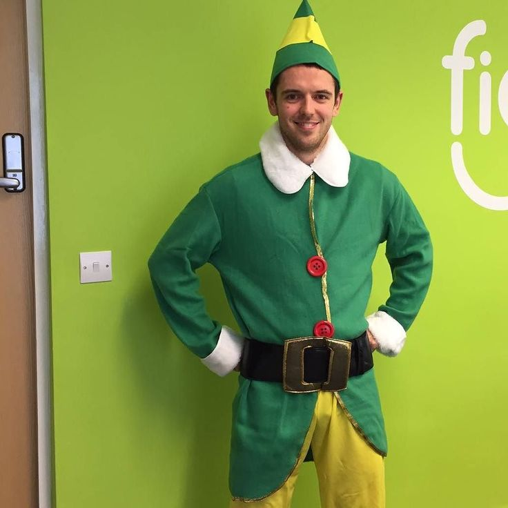 Less than 4 weeks until buddy running returns where I run 10km per day dressed as Buddy the Elf . Anyone who lives in Manchester you give me a shout because I'm going to be encouraging people to come running with me like crazy. I want a full on Rocky scene by the end  #elf #Christmas #charity #running #fitness #run #buddytheelf #Glossop #glossopelf #SprintKitchen #funrun #love2run
