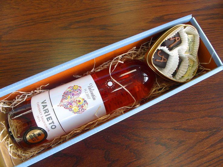 Objednajte si darčeky na VALENTÍNA už teraz ..... www.vinopredaj.sk .....  Pripravili sme pre vás prémiové ružové vína a ručne vyrábané pralinky - krásne sety na VALENTÍNA  #valentin #valentina #vino #inmedio #delikatesy #delishop #valentinskydarcek #darcek #gift #pralinky #deli #varieto #alibernet #cabernetsauvignon #dar #valentin2017  #karpatskaperla #cokolada #valentinesday #valentine