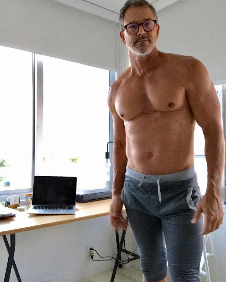 Daddy Muscle | Hübsche ältere männer