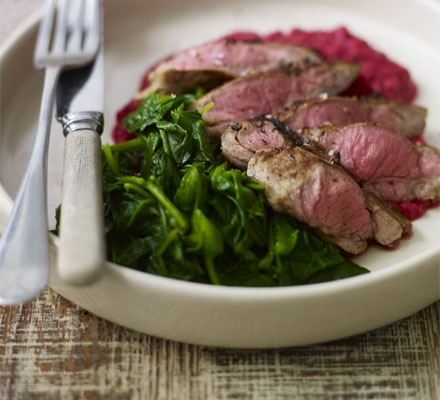 Garlic & lemon lamb fillet with beetroot chickpea mash