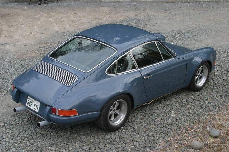 Porsche 911 ST