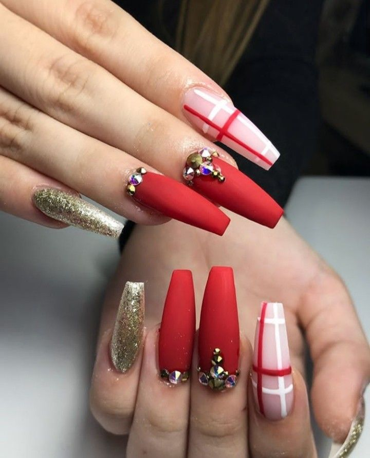 Pin Adăugat De Daiia11 Pe Xmas Nails în 2019 Christmas Nails Xmas
