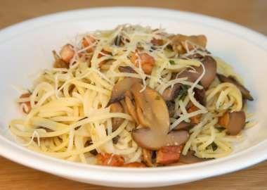 Špagety so šampiňónmi