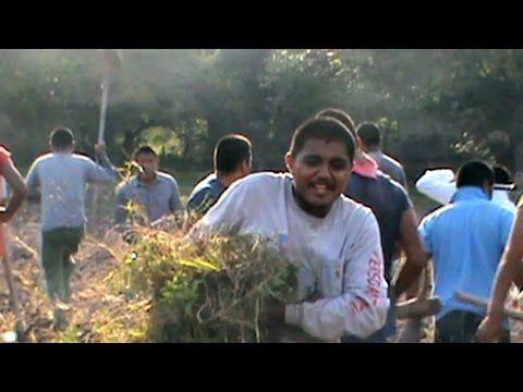 Video exclusivo de los estudiantes de Ayotzinapa antes de su desaparición - YouTube http://pl.tqllo.com/1p9CY9Q