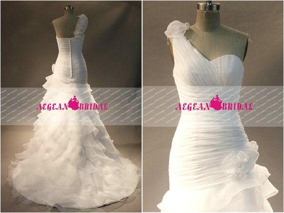 RW147 Plissé robe de mariée avec fleurs sirène robe de mariée une épaule robe de mariée robe de mariage hiérarchisé longue robe d'été