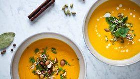Krémová batátová polévka s čočkou Foto: