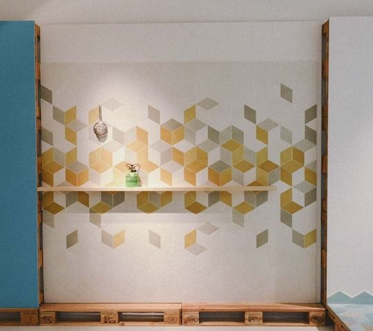 Geometric Tile for the Kitchen from Mutina, Patricia Urquiola, and More