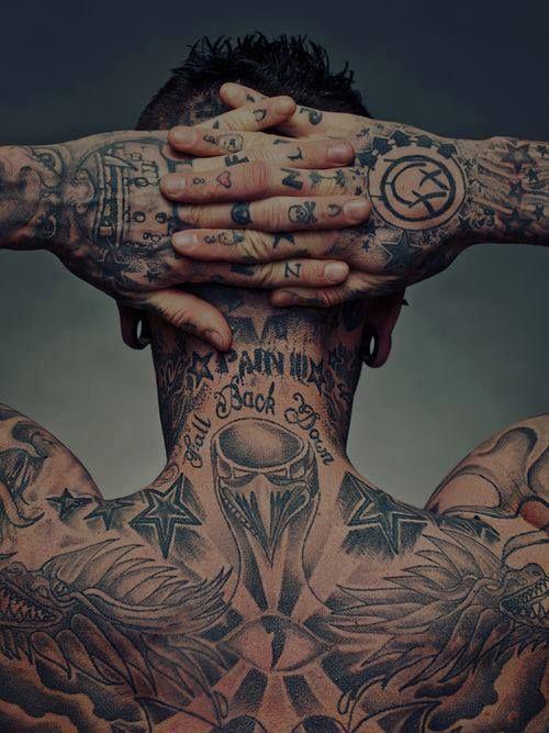 Mitos falsos sobre los tatuajes