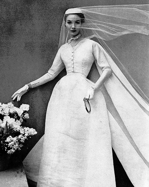 Wedding gown by Balenciaga, Harper's Bazaar, May 1952: 50S Styles, Cristóbal Balenciaga, Vintage Brides, Vintage Fashion, Balenciaga Harper, 1950 S, 1950S Models, Weddings Gowns, Harper Bazaars