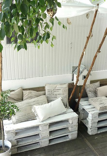 making furniture from pallets