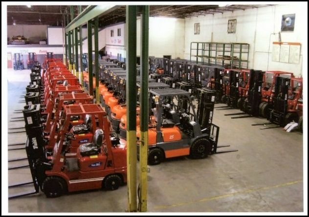 Montacargas a la venta: VENDEMOS MONTACARGAS O GRUAS HORQUILLAS DE TODAS MARCAS Y MODELOS NUEVOS Y USADOS EN LAS MEJORES CONDICIONES Y LOS PRECIOS MAS BARATOS... http://cali.beddo.co/p/vehculos/camiones/montacargas-a-la-venta-155