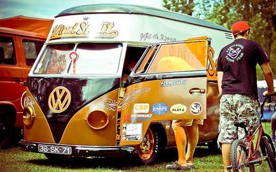 "Photo de ""The French VW Bus Meeting 2011"" The windsplit"