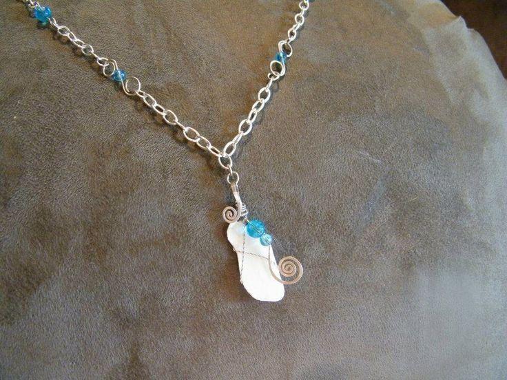 Broken shell necklace