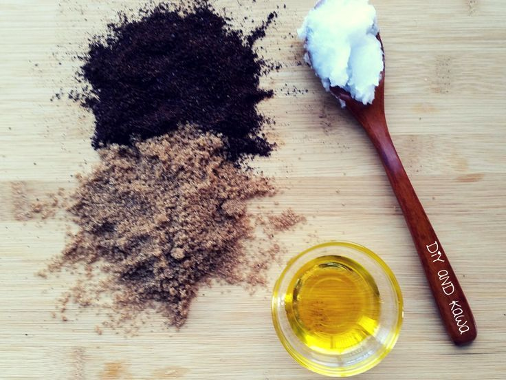 Use this coffee body scrub to exfoliate for radiant and glowing skin. Perfect for beach season :)