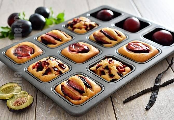 Prajitura cu prune – reteta video