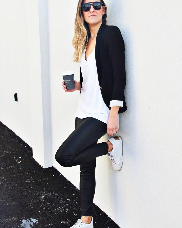 Monochrome casual style