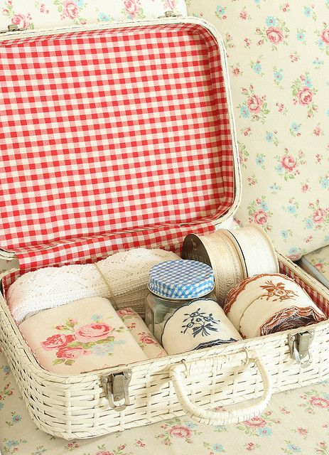 Picnic Basket as sewing basket
