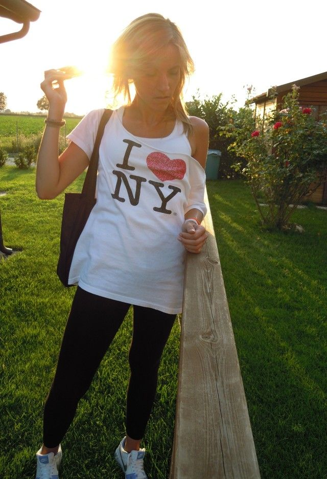 Love ny t shirt h amp m leggings and nike sneakers spring summer