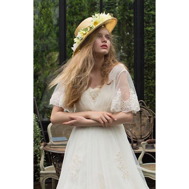 ナチュラル派におすすめ クラシカルなデザインが得意なマイムのドレスはカジュアルウェディング希望の花嫁様からのご指名が多いショップなんですよ  こちらのドレスをご希望の方はお電話でマイムのNo.45-0064とお伝え頂くとスムーズです  ご試着予約ご相談は.  @beautybride_weddingdress 0120-511-530   BeautyBrideを通じてドレスを予約するとお得にレンタルできる特典ございます  #マイム #ドレス迷子 #花嫁会 #日本中のプレ花嫁さんと繋がりたい #カラードレス #お色直し #ドレス試着 #ドレスレポ #ウェディングドレス #ちーむ0415 #ちーむ0429 #ちーむ0408 #ちーむ0422 #ちー0423 #ちーむ0521 #ちーむ0513 #ちーむ0503 #ちーむ0527 #ちーむ0506 #ちーむ0528 #ちーむ0618 #ちーむ0610 #ちーむ0603 #ちーむ0624 #ちーむ0604 #2017秋婚