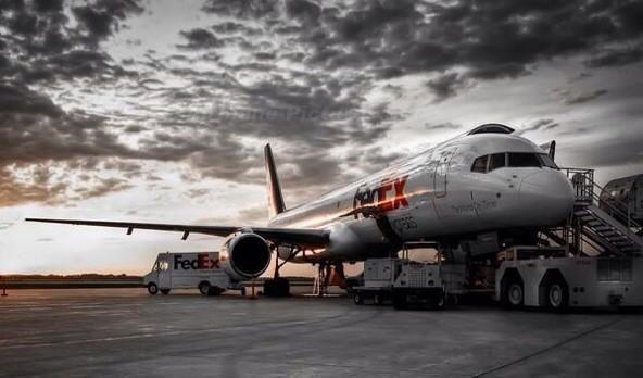 FedEx Boeing 757 freighter  pic.twitter.com/Q6KkiHL9Ws
