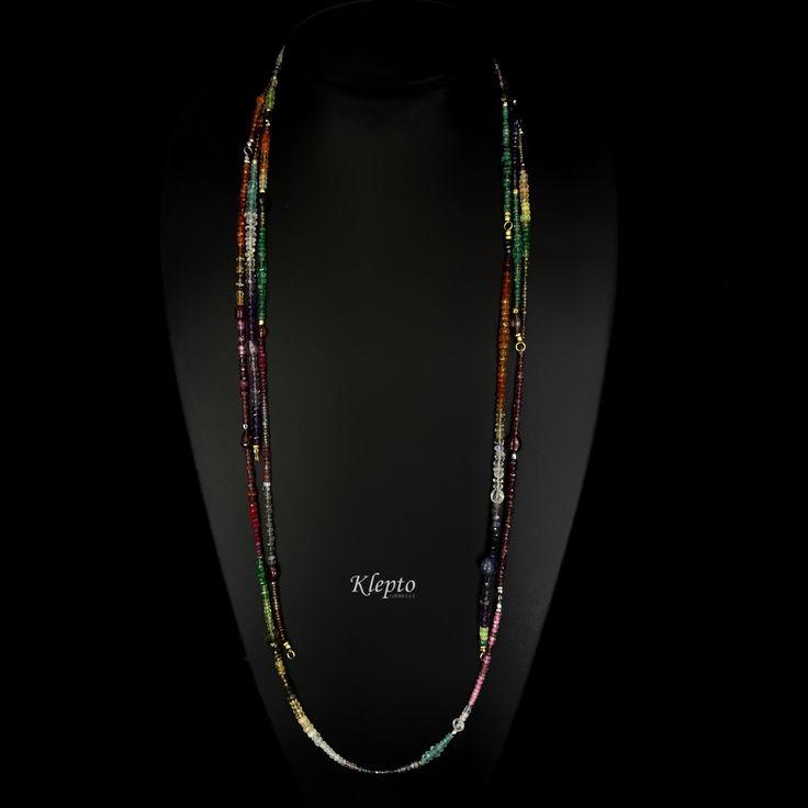 """Collana """"rainbow"""" con pietre naturali e finiture in oro 18kt. Esclusivo design Klepto gioielli."""