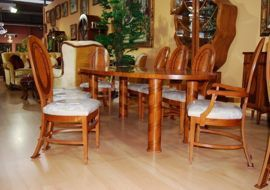 Ekskluzywny stół z krzesłami RS