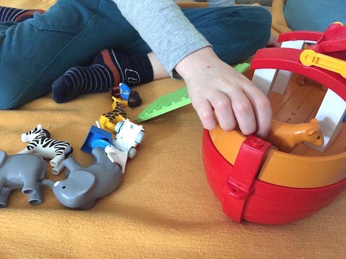 Für Kleinkinder: Die Arche Noah von Playmobil 123. Mehr Infos auf https://mamaskind.de.
