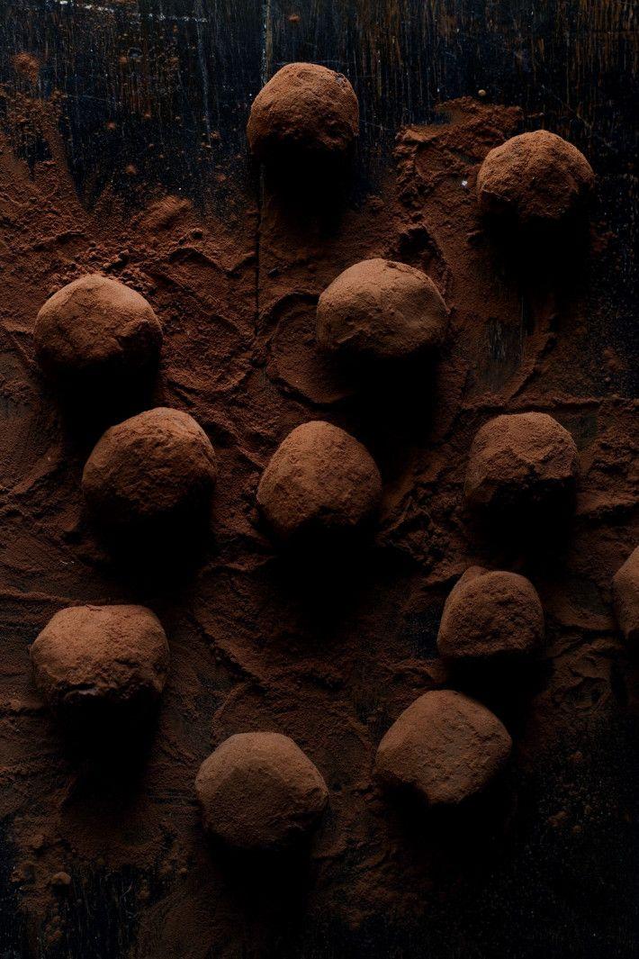 Passionfruit Chocolate Truffles | Manger