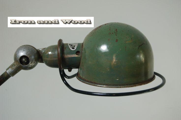 Orinele Jielde lamp. Kijk op www.ironandwoon.nl