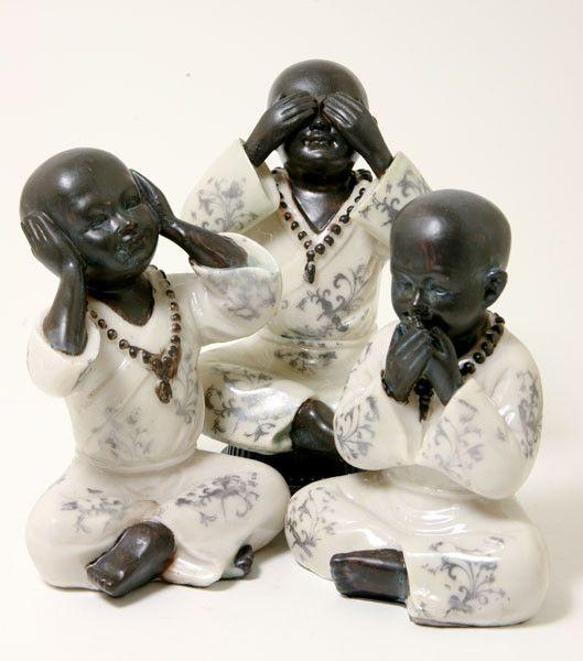Kindermonniken, <br />horen, zien en zwijgen bij Crystal Temptation in Venlo
