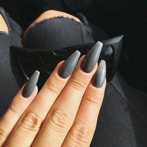 Imagen de nails, grey, and black