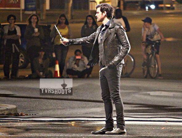 "Colin O'Donoghue filming the dagger scene in episode 5x01 ""The Dark Swan"""
